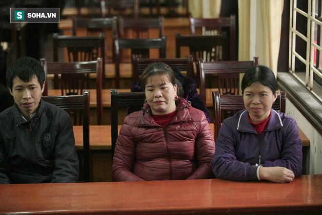 Trao tặng quà Tết tận tay người mù nghèo 3 huyện ngoại thành Hà Nội - Ảnh 5.