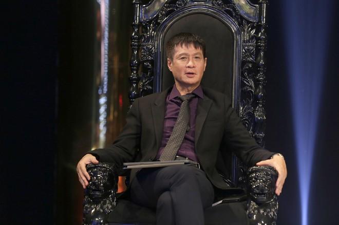 Bị đạo diễn Lê Hoàng chỉ trích gay gắt, tiến sĩ Lê Thẩm Dương phản ứng ra sao? - Ảnh 1.