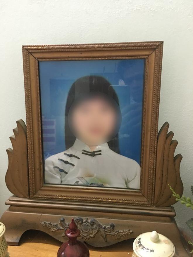 Chuyện về bức thư người mẹ viết thay con gái, nhờ nam sinh Ngoại Thương đi bộ hơn 2.000km trao tận tay thầy cô ở Sài Gòn - Ảnh 2.