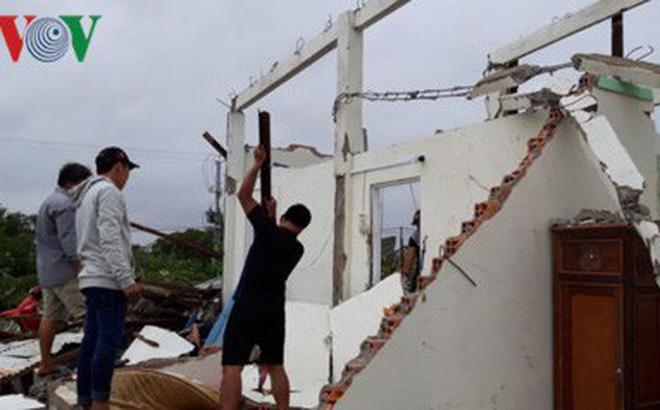 Hơn 100 nhà dân bị sập, tốc mái do bão số 1 ở Bạc Liêu