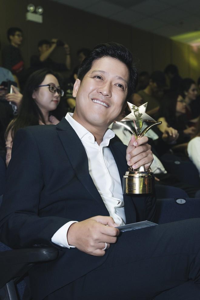 Trường Giang nhận giải Nam diễn viên điện ảnh được yêu thích nhất - Ảnh 5.