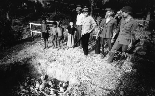 Cuộc sống dưới thời Khmer Đỏ: Khổ đến chết, nhưng không dám chết