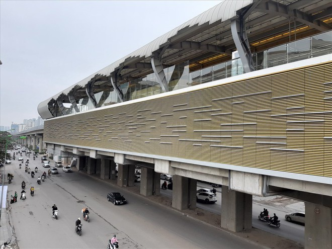 Ga đường sắt trên cao Cát Linh - Hà Đông vẫn ngổn ngang dù Tết cận kề - Ảnh 1.