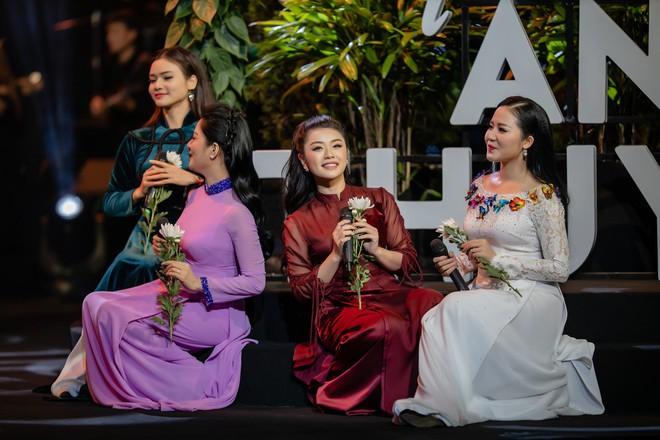 Ca sĩ Thu Phương, Đinh Hiền Anh liên tục bật khóc khi chia sẻ về cố nhạc sĩ An Thuyên - Ảnh 14.