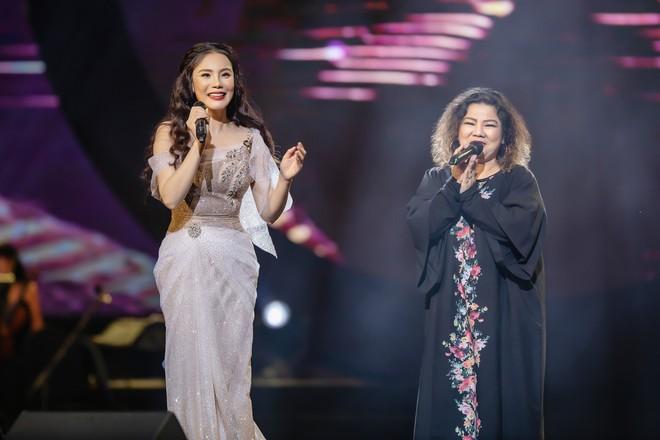 Ca sĩ Thu Phương, Đinh Hiền Anh liên tục bật khóc khi chia sẻ về cố nhạc sĩ An Thuyên - Ảnh 10.