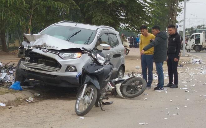 """Hai vợ chồng bị xe """"điên"""" tông tử vong cách nhà vài km, người thân đau xót không dám tin"""