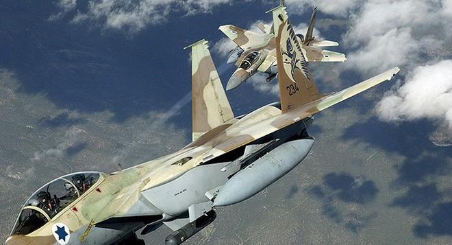 F-15 Israel gặp khẩn nguy, không phải do tên lửa Syria bắn: Mất lực lượng trong nhiều tuần - Ảnh 1.