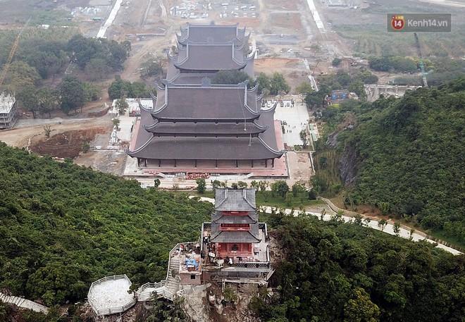 Cận cảnh ngôi chùa lớn nhất Việt Nam - Nơi sẽ đặt báu vật thiên thạch mặt trăng 600.000 USD được đấu giá từ Mỹ - Ảnh 15.