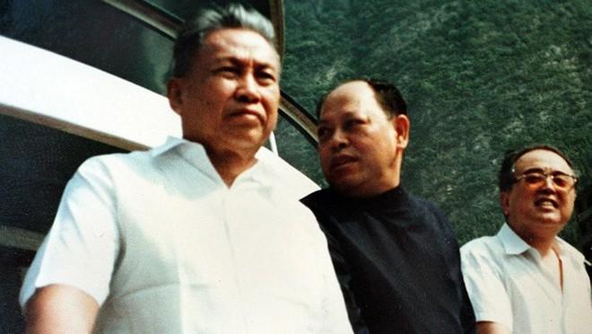 """Thủ đoạn duy nhất của Khmer Đỏ là mệnh lệnh của """"Angkar"""" và súng AK-47 - Ảnh 6."""