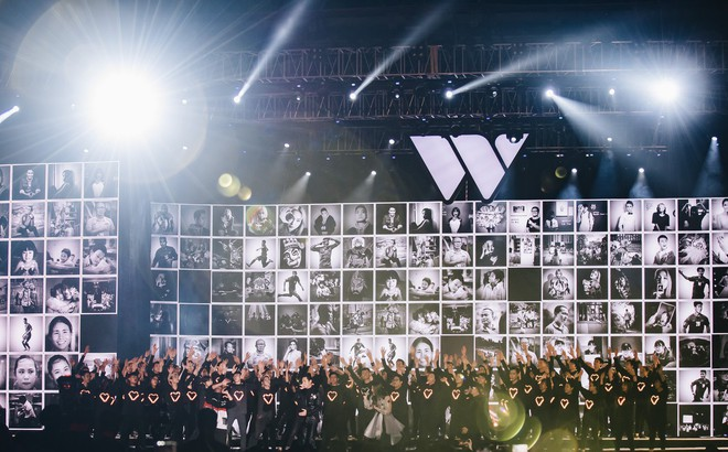 Sân khấu Gala Wechoice Awards 2018: Không chỉ đã tai, đẹp mắt mà còn đầy nghệ thuật và truyền cảm hứng sống