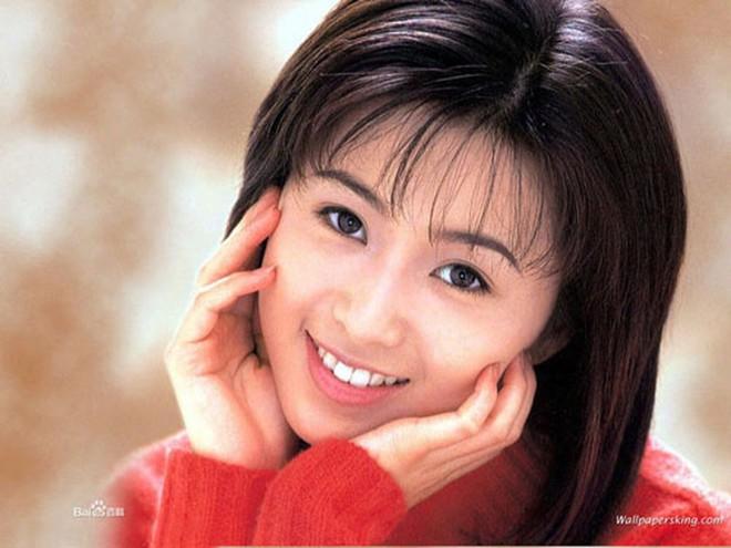 Ngọc nữ hàng đầu Nhật Bản: Hết thời phải đóng phim 18+, lên mạng xin tiền người hâm mộ - Ảnh 2.