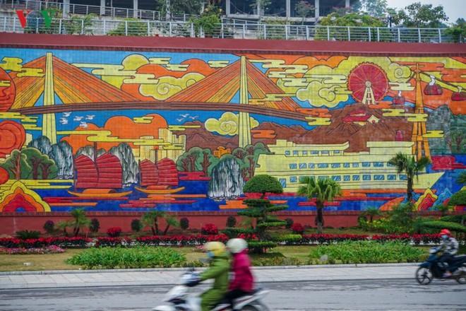Những hình ảnh về bức phù điêu gốm màu lớn nhất Việt Nam - Ảnh 8.