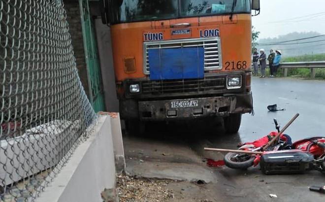 Hai học sinh THCS bị xe container đâm thương vong trên đường đi lao động về