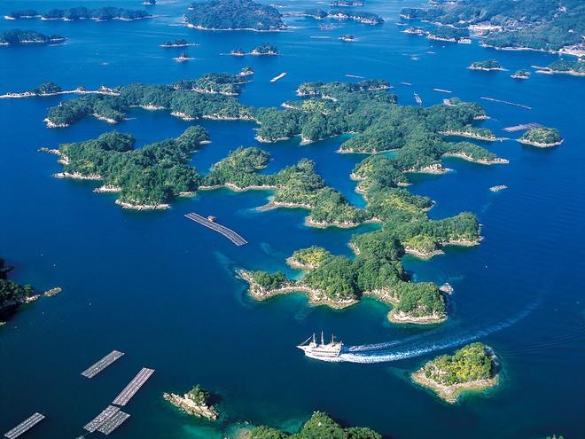 Quần đảo tựa như Hạ Long thu nhỏ tại Nhật Bản và bản giao hưởng của loài sứa - Ảnh 2.
