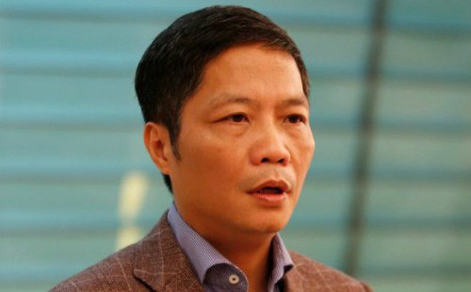 Vì sao Bộ trưởng Trần Tuấn Anh xin lỗi sau 4 ngày xảy ra sự việc ô tô biển xanh đón vợ con?