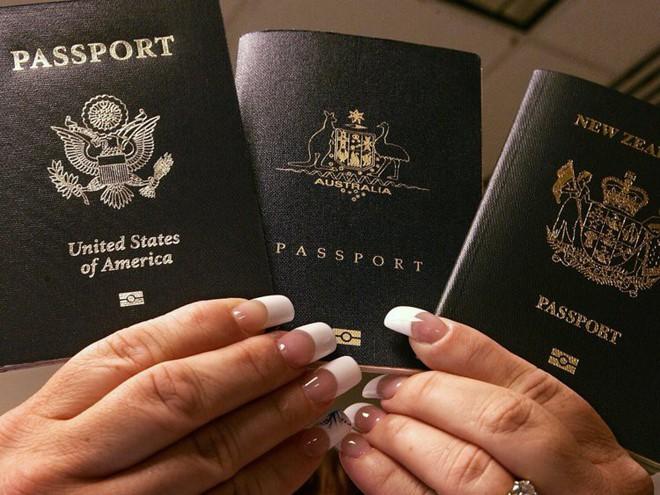 Góc khuất đằng sau những cuốn hộ chiếu đầy quyền lực: Mọi thứ đều được giải quyết bằng tiền - Ảnh 3.