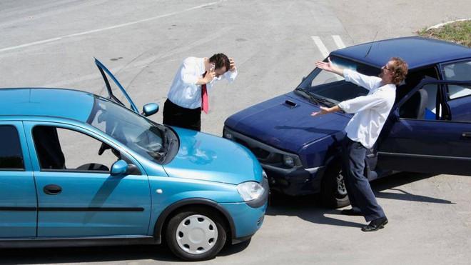 Muốn học lái ô tô, trước tiên phải biết những điều này - Ảnh 2.