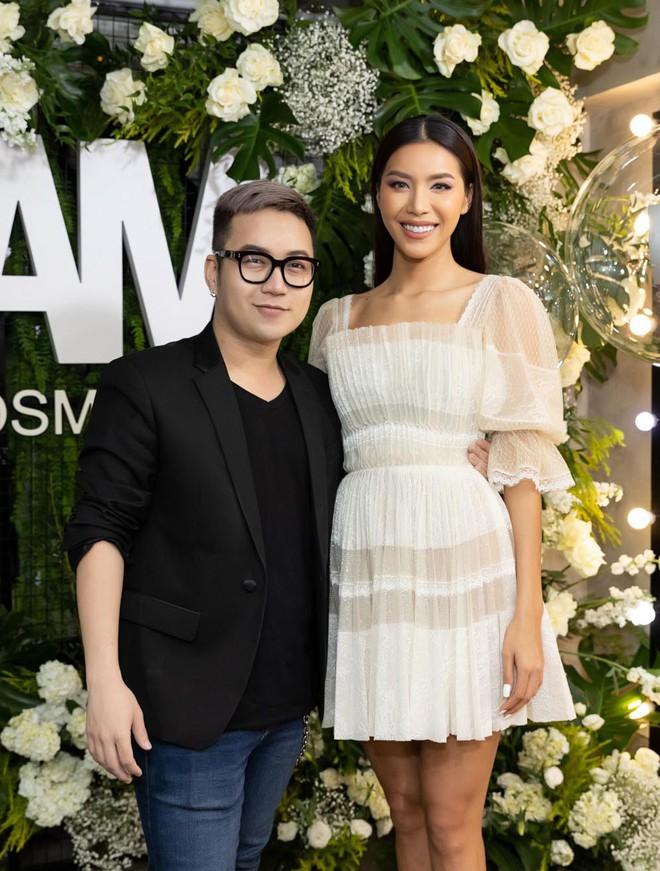 Trang Trần cùng Minh Tú gây chú ý với hình ảnh dịu dàng, nữ tính - Ảnh 1.