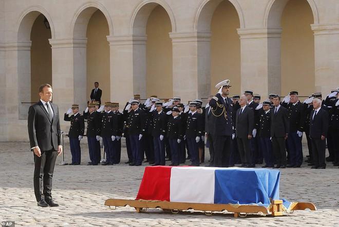 Ông Putin, ông Clinton đến Pháp viếng cố Tổng thống Jacques Chirac - Ảnh 1.