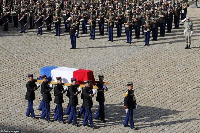 Ông Putin, ông Clinton đến Pháp viếng cố Tổng thống Jacques Chirac - Ảnh 2.
