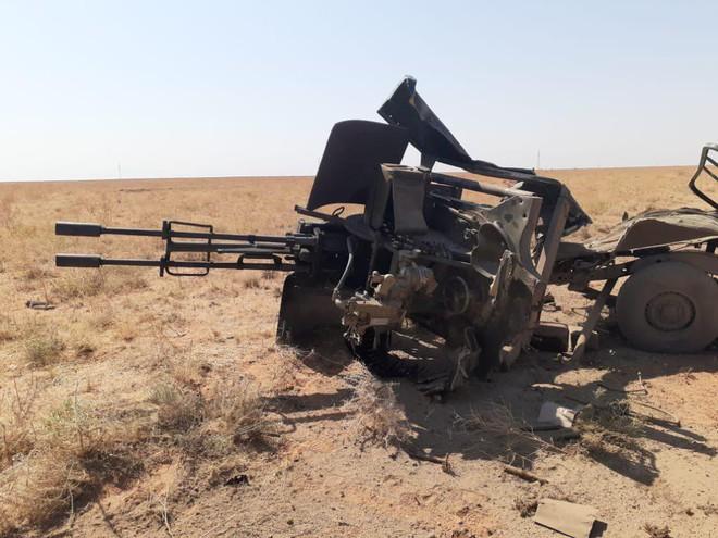 Chiến đấu cơ Saudi xuất kích ồ ạt trả đũa Houthi bắt sống 2000 binh sĩ - Chảo lửa Yemen nóng hầm hập - Ảnh 6.