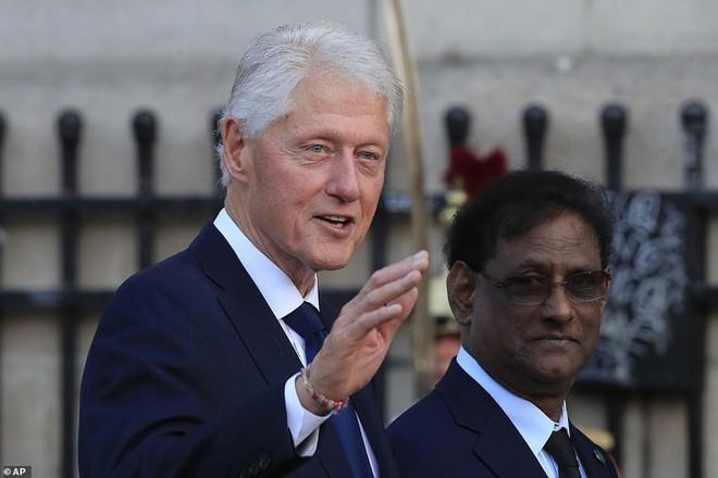 Ông Putin, ông Clinton đến Pháp viếng cố Tổng thống Jacques Chirac - Ảnh 11.