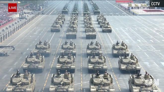 Trung Quốc phô diễn khí tài tại lễ duyệt binh lớn nhất lịch sử - Ảnh 6.