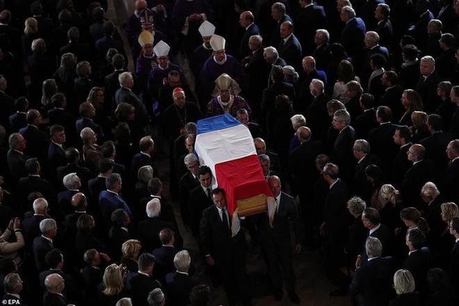 Ông Putin, ông Clinton đến Pháp viếng cố Tổng thống Jacques Chirac - Ảnh 7.