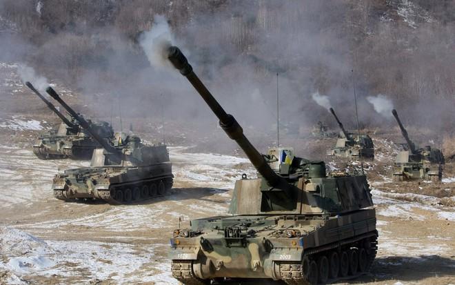 Nga giật mình khi sấm sét chiến trường K9 Thunder áp sát biên giới - ảnh 11