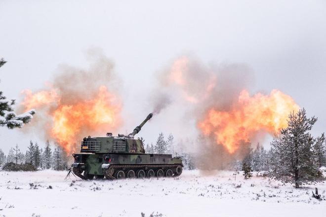 Nga giật mình khi sấm sét chiến trường K9 Thunder áp sát biên giới - ảnh 15