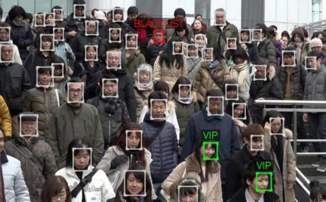 Dân Trung Quốc sẽ phải quét khuôn mặt mới được dùng Internet