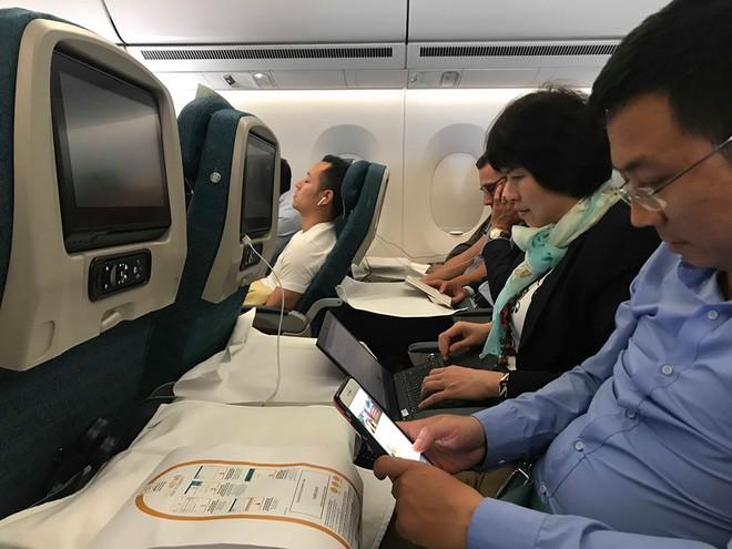 Khách hàng phải trả bao nhiêu tiền để có thể sử dụng wifi trên máy bay Vietnam Airlines? - Ảnh 1.