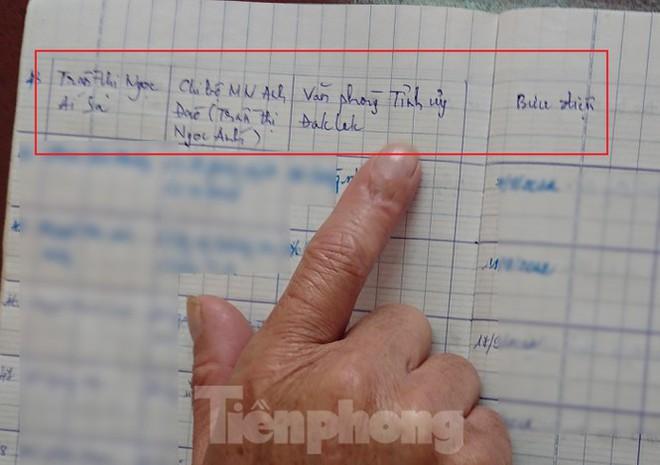 Bản viết tay đầy lỗi chính tả của nữ Trưởng phòng mượn tên để thăng tiến - Ảnh 5.