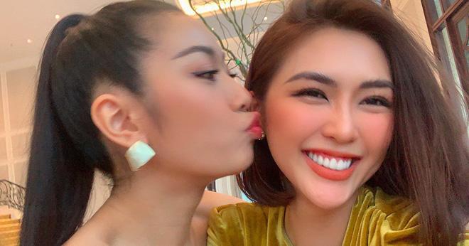 Tường Linh, Thúy Vân dính nhau như sam tại cuộc thi Hoa hậu Hoàn vũ - Ảnh 3.