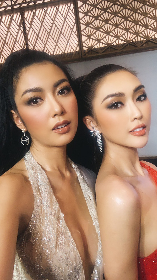 Tường Linh, Thúy Vân dính nhau như sam tại cuộc thi Hoa hậu Hoàn vũ - Ảnh 1.