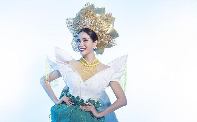Hoàng Hạnh mặc quốc phục đính 5.000 viên pha lê tranh tài tại Miss Earth 2019