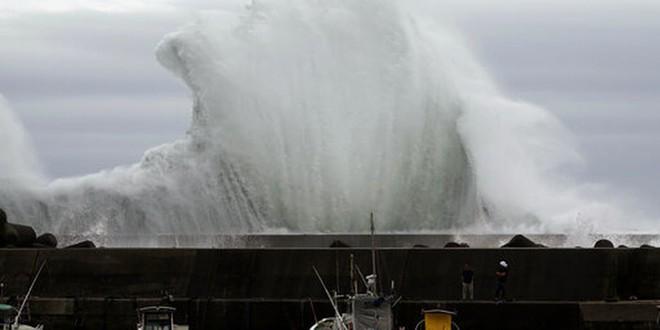 'Siêu bão châu Á là siêu bão mạnh nhất thế kỷ: Không nơi nào ở Nhật an toàn trước cơn bão này' - ảnh 3
