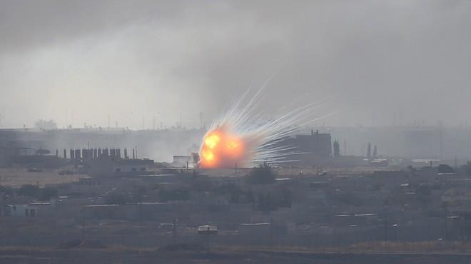 Thổ Nhĩ Kỳ tấn công, gần 1.000 khủng bố trốn trại - TT Putin bất ngờ tuyên bố sẽ rút quân - Ảnh 10.