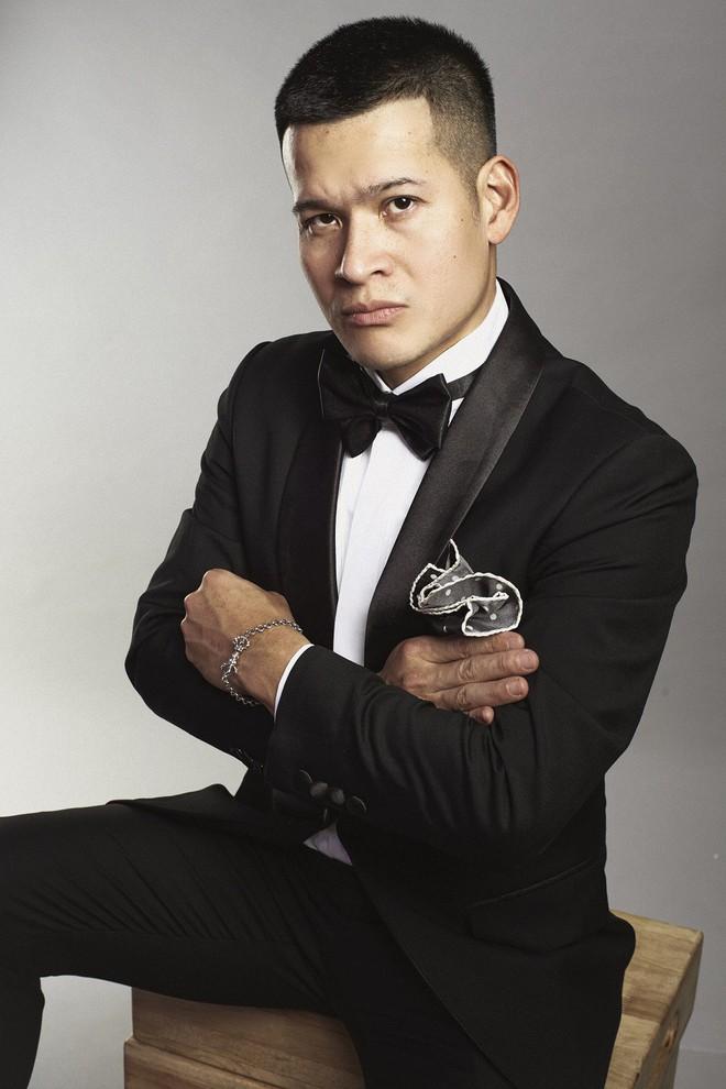 Đạo diễn Việt Tú nói về việc phân mâm trên poster sau phát ngôn thẳng thắn, gay gắt của Phương Thanh - Ảnh 3.