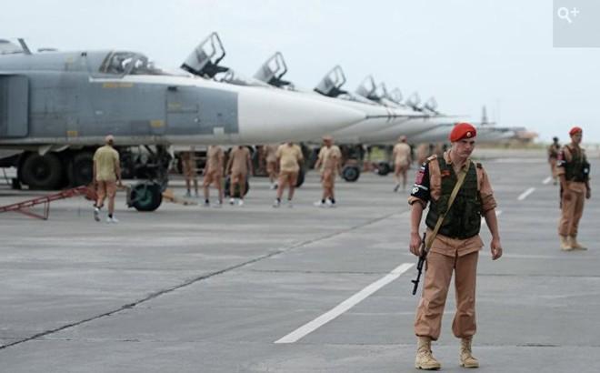 """Liên tục bị phiến quân """"đánh rát"""", đầu não Không quân Nga ở Syria tăng khả năng bảo vệ"""
