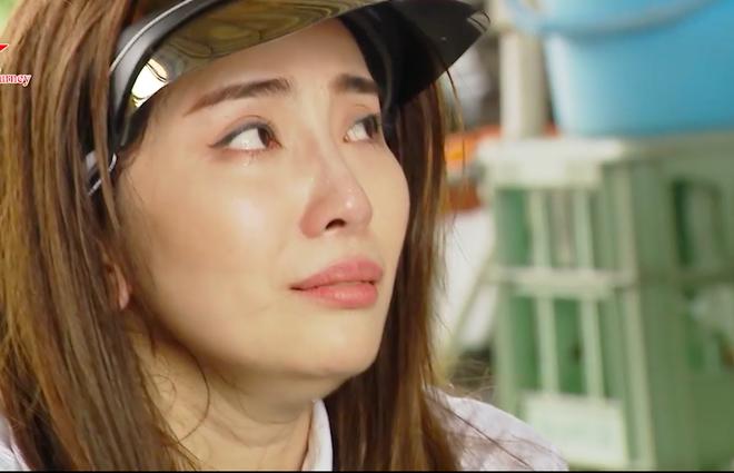 Quỳnh Nga bật khóc vì ức chế khi phải lao động xin ăn và xin chỗ ngủ tại Nhật Bản - Ảnh 11.