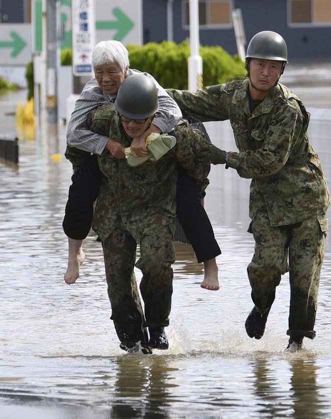Nể phục cách người Nhật cảnh báo và cứu hộ trong siêu bão mạnh nhất 6 thập kỷ - ảnh 2
