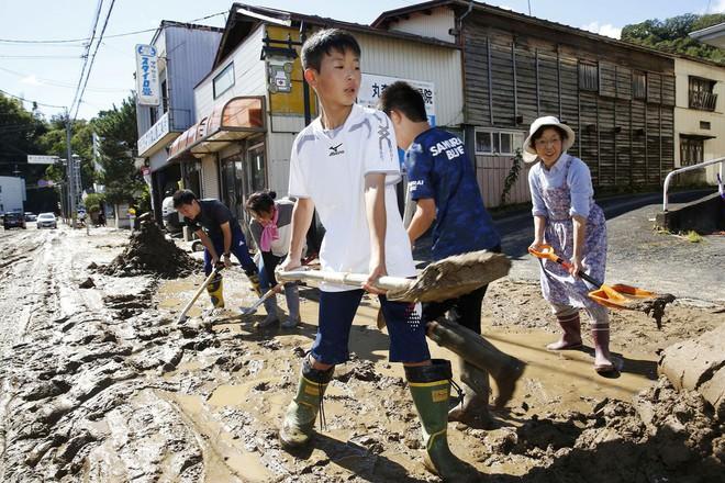 Nể phục cách người Nhật cảnh báo và cứu hộ trong siêu bão mạnh nhất 6 thập kỷ - ảnh 4