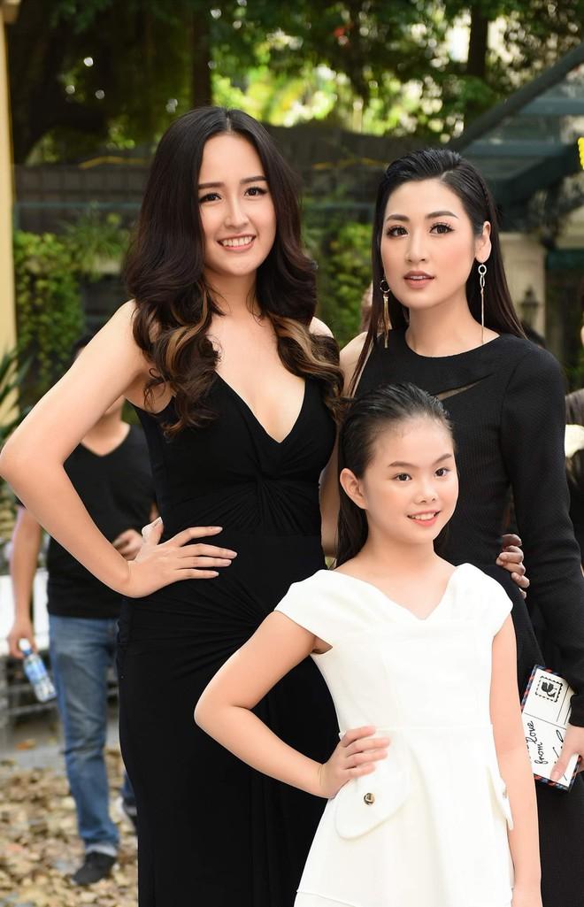 Mẫu nhí Chíp Măng, Trà My tỏa sáng tại show thời trang có Mai Phương Thúy, Tú Anh - ảnh 6
