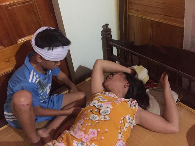 Vụ 3 nam sinh đuối nước thương tâm: Cha mẹ nấc nghẹn bên quan tài các con - Ảnh 6.