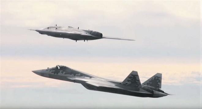 Sát thủ XQ-58A Valkyrie, cặp bài trùng đáng sợ khi kết hợp với chiến đấu cơ F-35 - Ảnh 11.