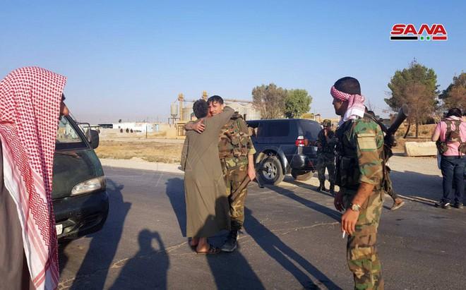 CẬP NHẬT: Biến lớn, chiến trường thay đổi chóng mặt - QĐ Syria thần tốc chiếm nhiều địa bàn chiến lược - Ảnh 22.