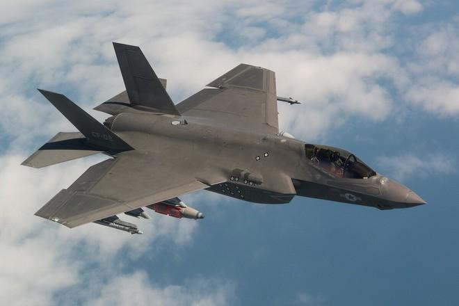 Tiêm kích F-35 bắn nhầm UAV tàng hình đắt tiền XQ-58A Valkyrie khi luyện tập? - ảnh 12