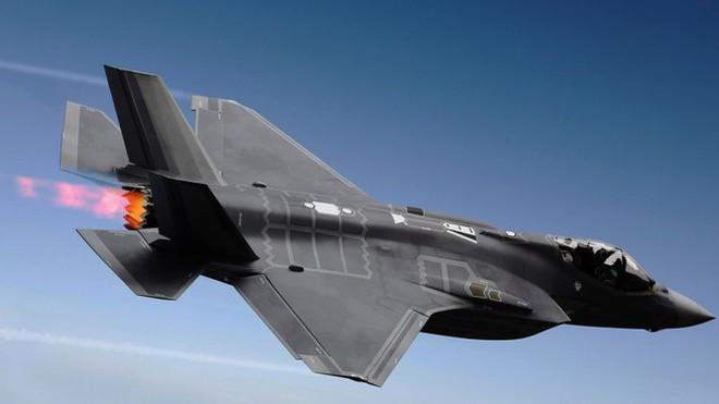 Tiêm kích F-35 bắn nhầm UAV tàng hình đắt tiền XQ-58A Valkyrie khi luyện tập? - ảnh 15