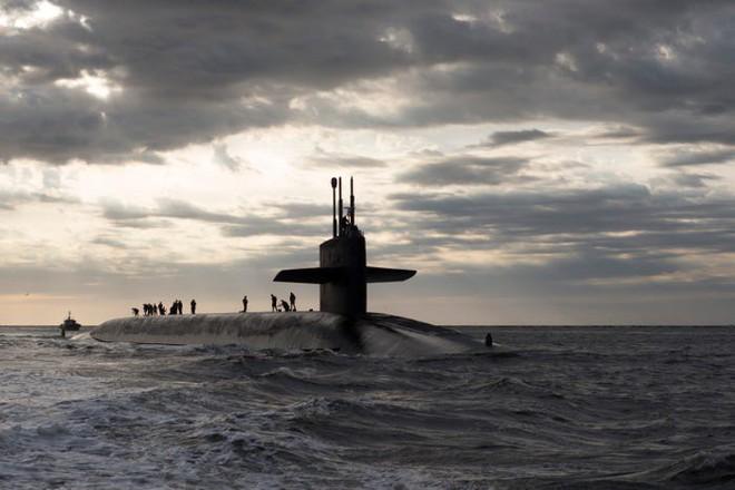 Mỹ-NATO khiếp sợ hạm đội tàu ngầm Nga mang tên lửa Kalibr, cuống cuồng tìm cách đối phó - Ảnh 1.